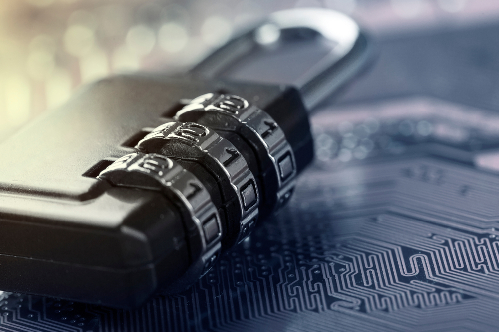 電子基板と錠前