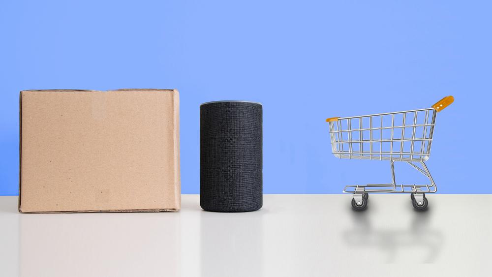 AIスピーカーとショッピングカートのミニチュア